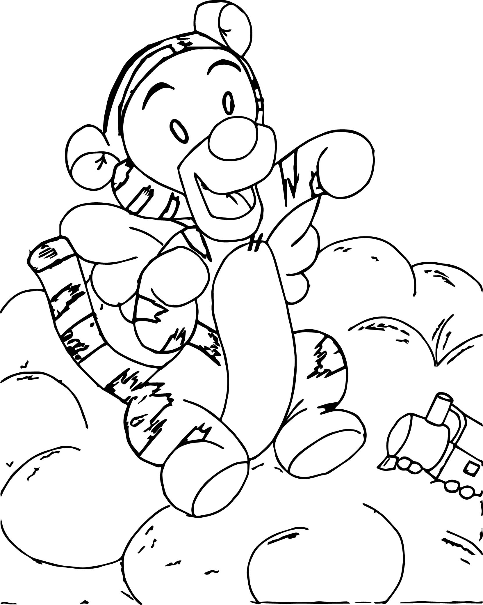 Baby winnie the pooh playing train coloring page for Winnie the pooh baby coloring pages