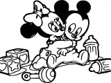 Baby Mickey Hug Minnie Coloring Page